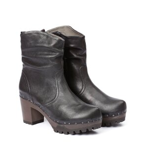O-BOOTIE washed nappa black